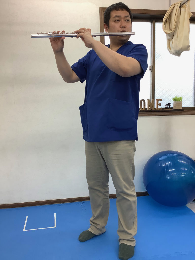 フルート演奏の基本姿勢