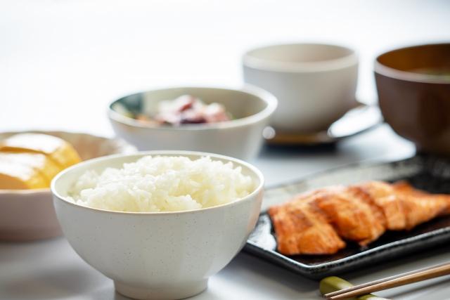 朝食に和食を食べることで、たんぱく質を効率よく摂取することができる