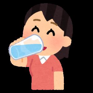 甘い飲み物を摂りすぎてしまうと体内の糖分が分解しきれず、活性酸素へと変換され疲労の原因となるため、甘いものは1日にコップ1杯までなどと決め、お水や麦茶などを飲むようにしてみましょう!
